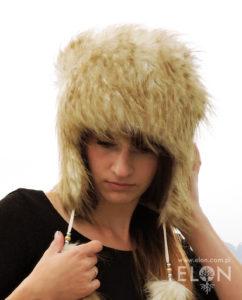 Damska czapka - uszatka