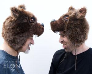 Czapka niedźwiedź brunatny