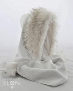Szalokaptur biały