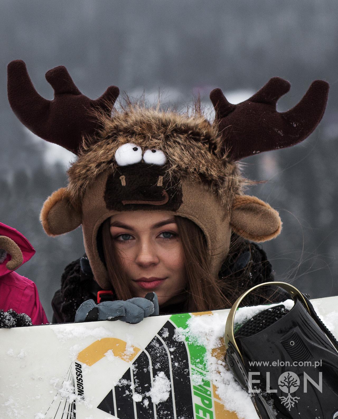 Czapka na kask narciarski - Łoś